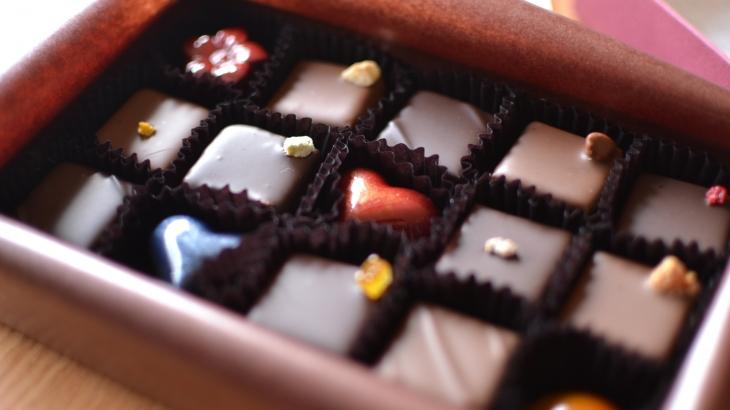 (長浜)チョコレート専門店ボンボンショコラで記憶に溶け込む美味しさを【イートイン&駐車場あり】隠れた黒壁スイーツを味わおう!